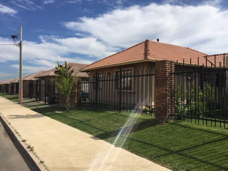 Vendemos Excelente casa en Parque del Sol-Talca
