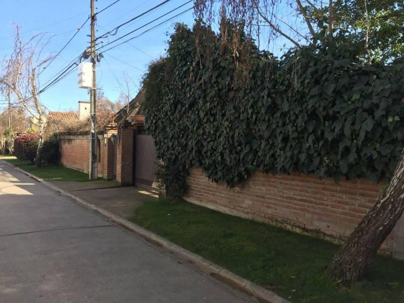 VENTA COMODA CASA EN PARQUE UNIVERSITARIO, TALCA
