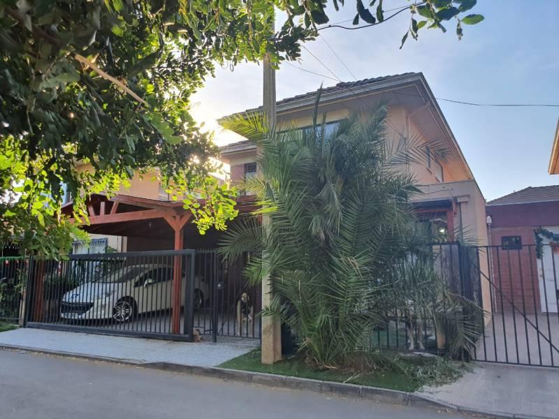 Impecable casa en condominio  cerrado  de ciudad Satélite