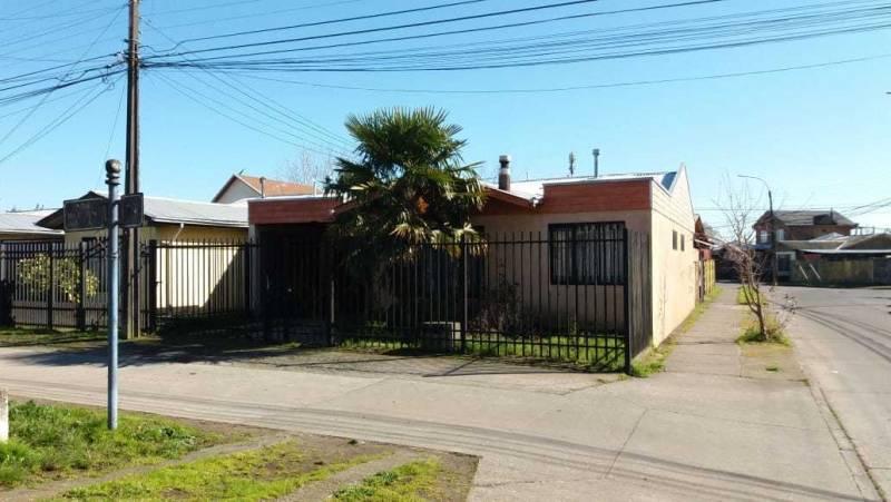 Villa Don Ambrosio , 3D, 1B, living comedor, patio, estacion