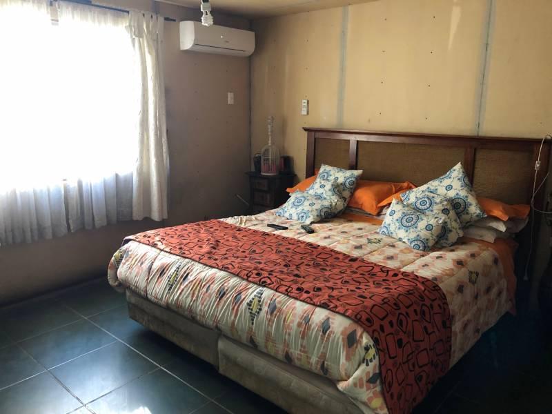 Casa uso comercial y habitacional, Gran Avenida 324/230 mts2