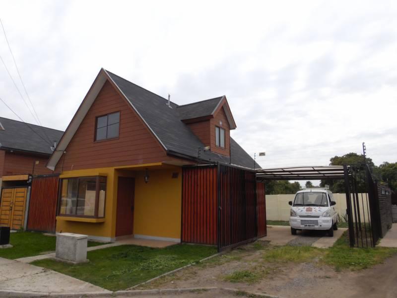 Cómoda y acogedora casa aislada en condominio cerrado