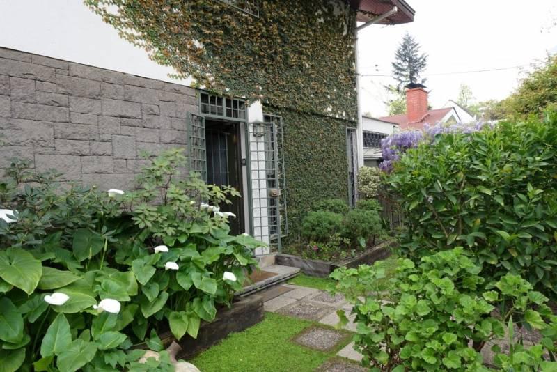 Hermosa casa en la comuna de Vitacura.