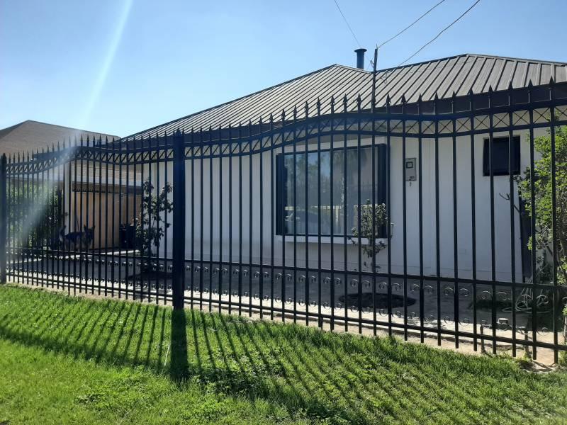 Moderna casa en arriendo sector Av España