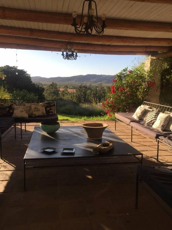 Extraordinaria casa con maravillosa vista al valle de Lolol