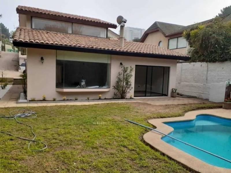 En venta gran casa en Reñaca, Las Golondrinas