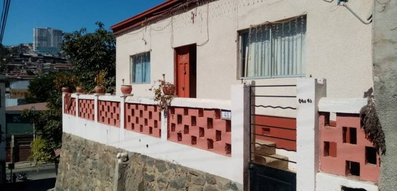 Se vende casa de 1 piso, Cerro La virgen, Valparaíso