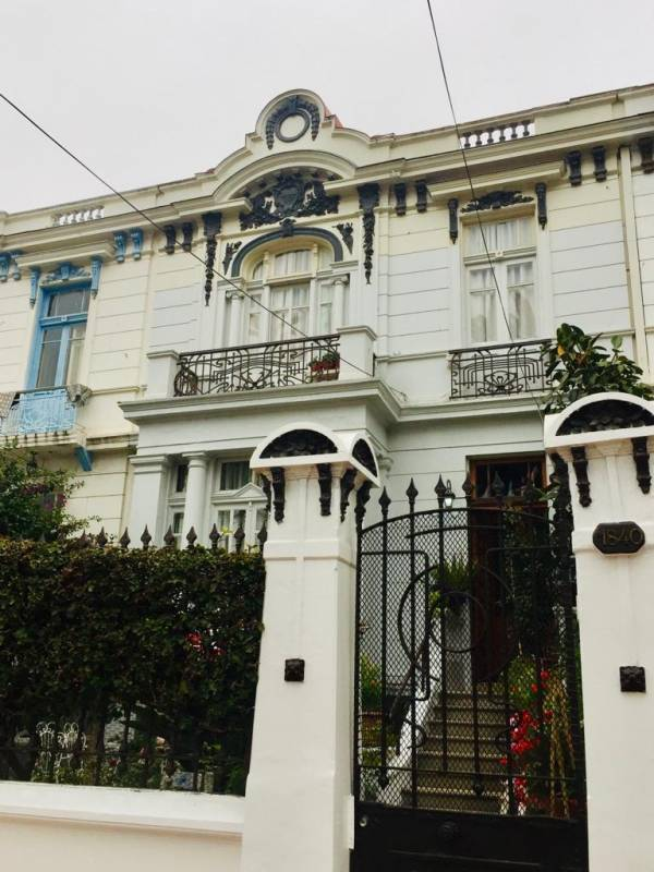 Se vende hermosa casa patrimonial en Valparaíso