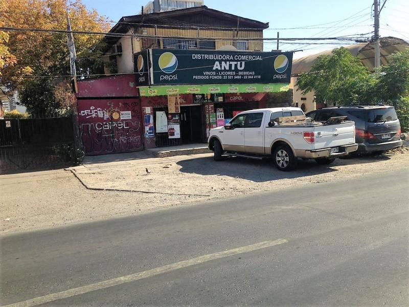 SE VENDE EXCELENTE CASA COMERCIAL EN DEPARTAMENTAL