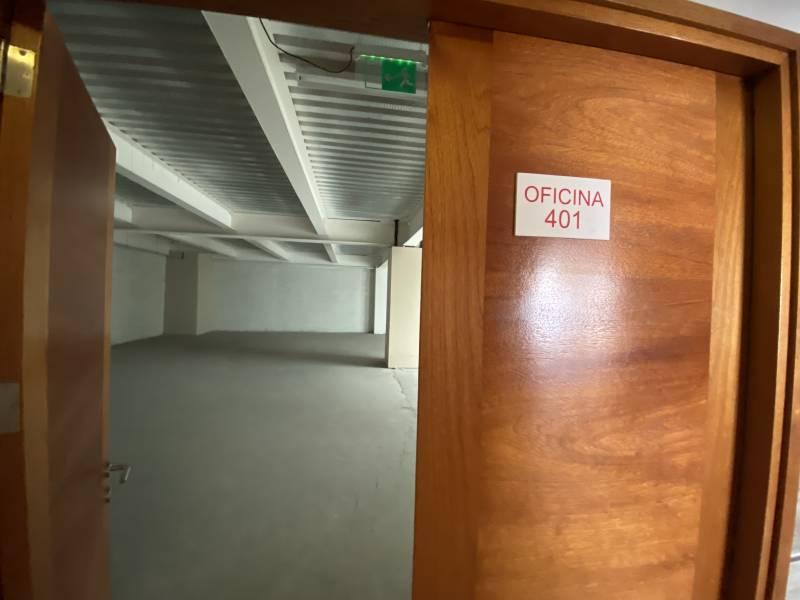 SE ARRIENDA OFICINA 401 (EDIFICIO NUEVO, PLENO CENTRO)