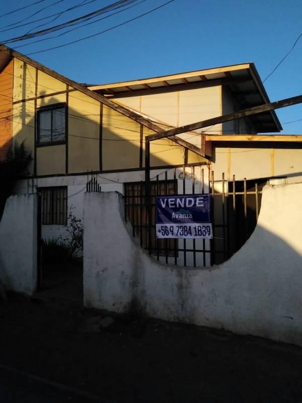 CASA EN VENTA - CURICÓ