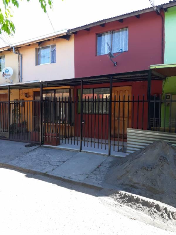 EXCELENTE CONECTIVIDAD LINDA Y ACOGEDORA CASA CURICO 7A REG