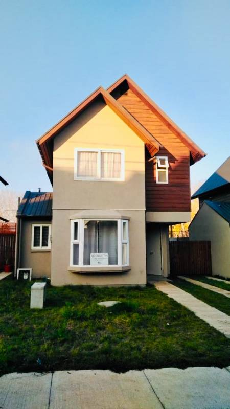Casa en Condominio amoblada
