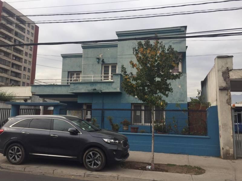 ¡¡ Excelente Casa, Para Remodelacion !!