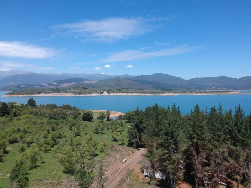 Vendo Terreno en Lago Colbun - San Clemente con Serv a Lago