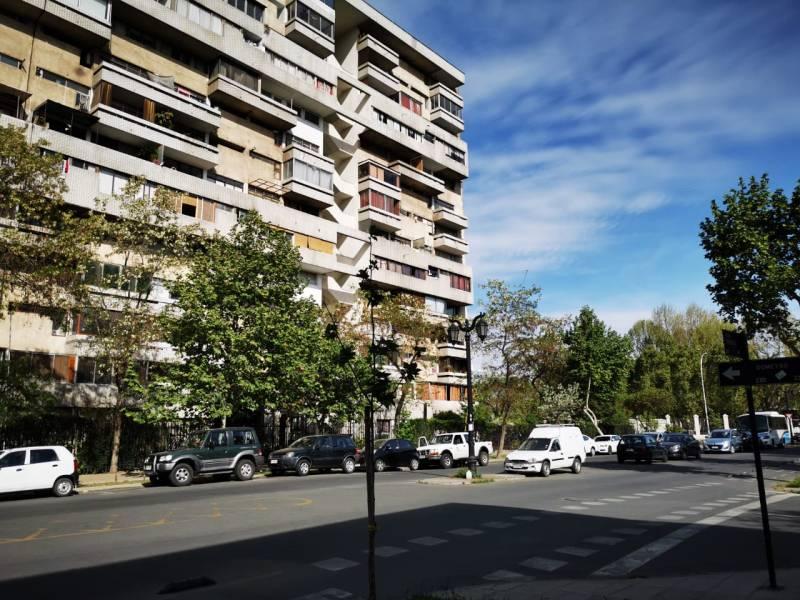 Barrio República a pasos Fac.Ingeniería UChile, UDP, Metros