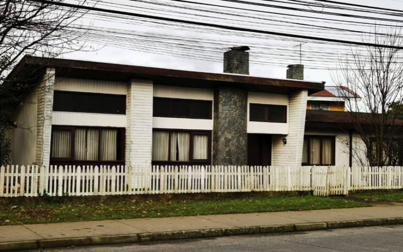 Habitacional o comercial Anibal Pinto con Santa María