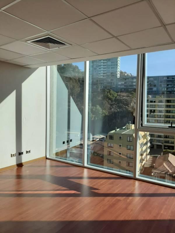 Centro de Viña, Arriendo confortable Oficina nueva, 30 m2.
