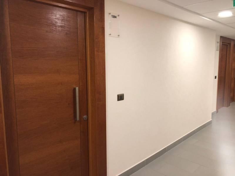 Centro de Viña, Arriendo confortables Oficinas, 1P, 1B, 1E.-