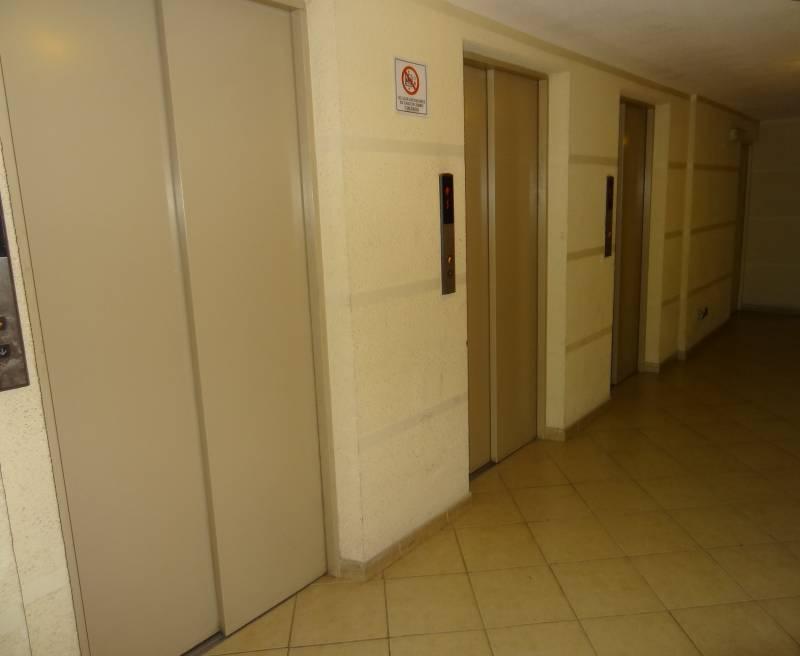 Depto. Amoblado2D2B+Estacionamiento. metro Santa Isabel