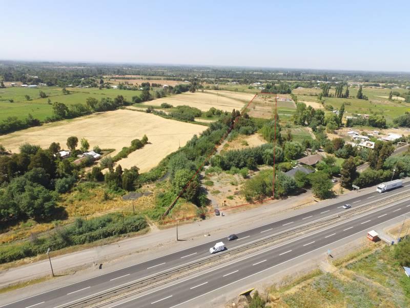 2,7 terreno agricola al costado ruta 5 sur , 14km de chillan