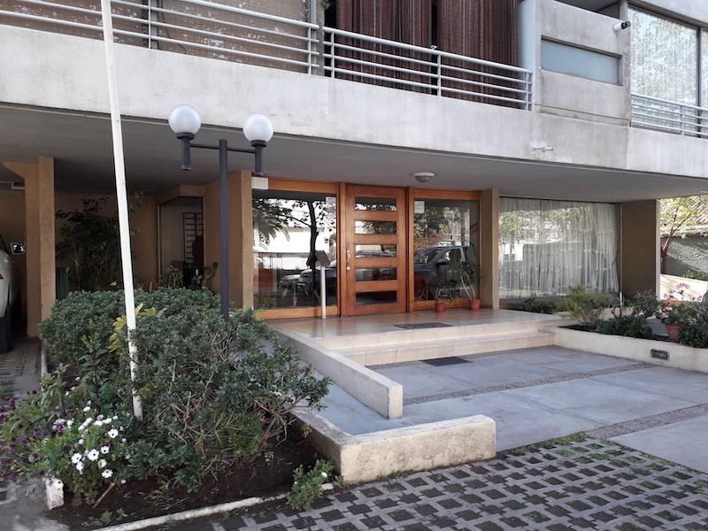 AV.LOS LEONES / EL AGUILUCHO, CAMPUS ORIENTE