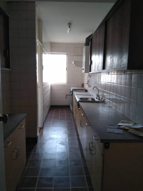 AMOBLADO, CENTRO DE VIÑA, 3 DORMITORIOS, GGCC INCLUIDOS