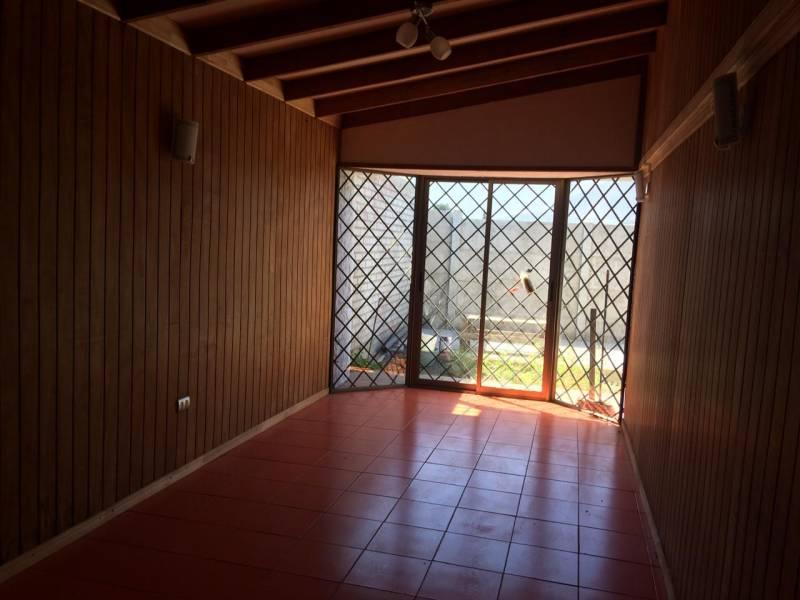 ( 03 )  Vendo Casa Ubicada en Quillota