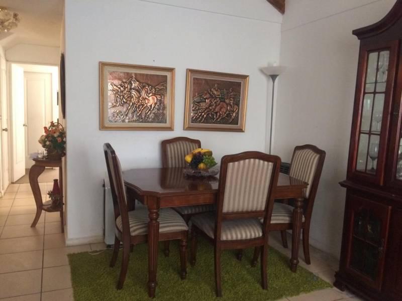 ( 102 ) Vendo casa Ubicada en Villa Alemana