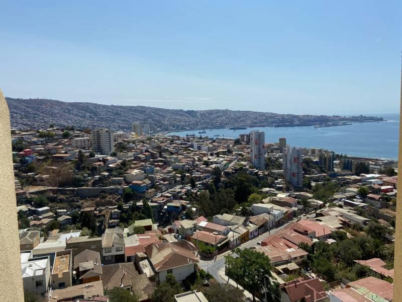 ( 24 )  Arriendo Departamento , Placeres , Valparaiso.