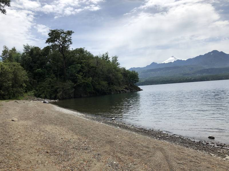 Lago Calafquen Sitio 52 Dos casas full habilitadas.