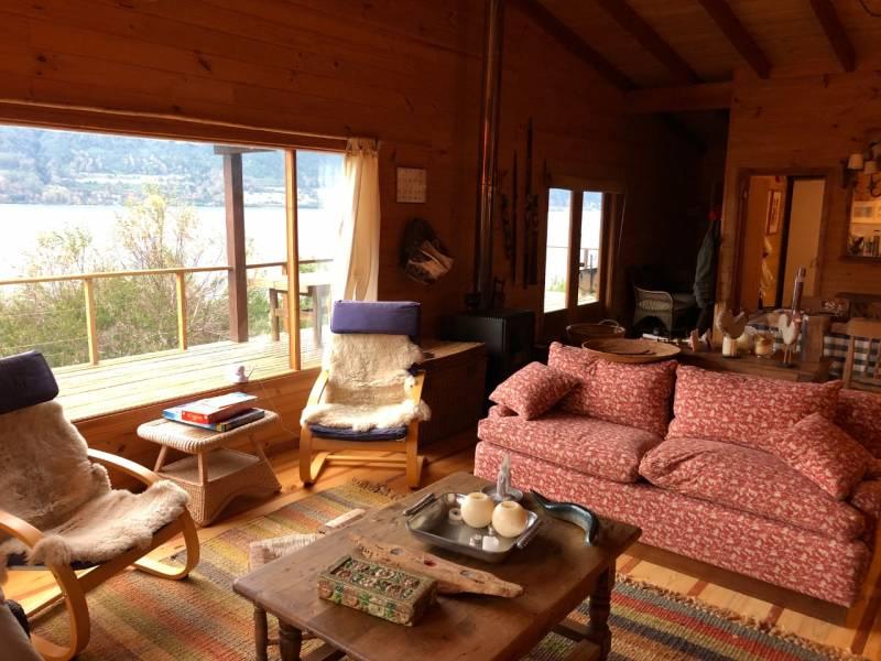 Lago Riñihue, Sitio 6.000 m Casa 150 m y 60 m Orilla de Lago