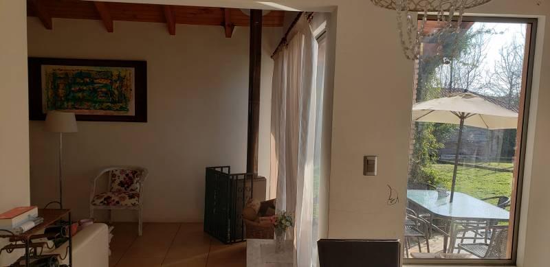 Casa en venta polo de machali / 628m2