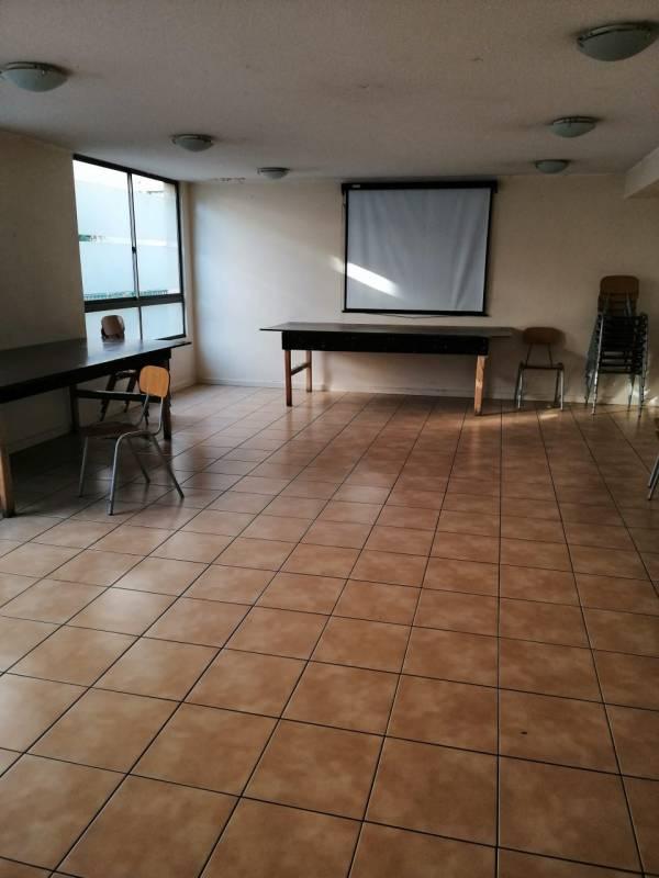 Cómodo Departamento 3D 2B / Metro Santa Ana