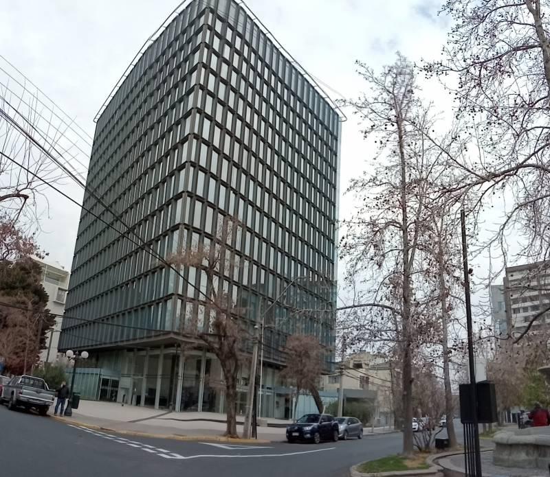 Arriendo Ofc. Moderna en Providencia/Antonio Bellet/80m2