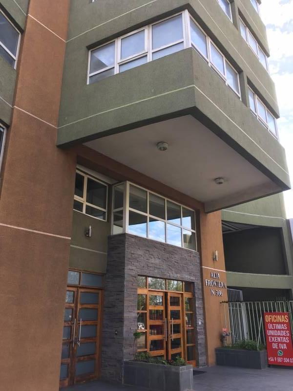 ARRIENDO OFICINA CENTRAL 36 m2 - 1 Privado-1 Baño