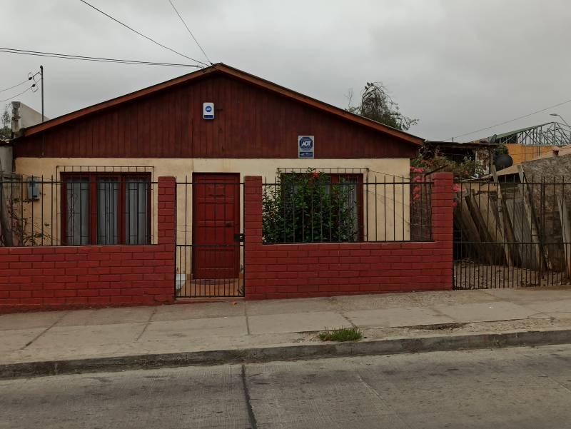 CASA 4 DOR/2 BAÑOS, 105 M2 CONSTR. 300 M2 TERRENO, LA SERENA