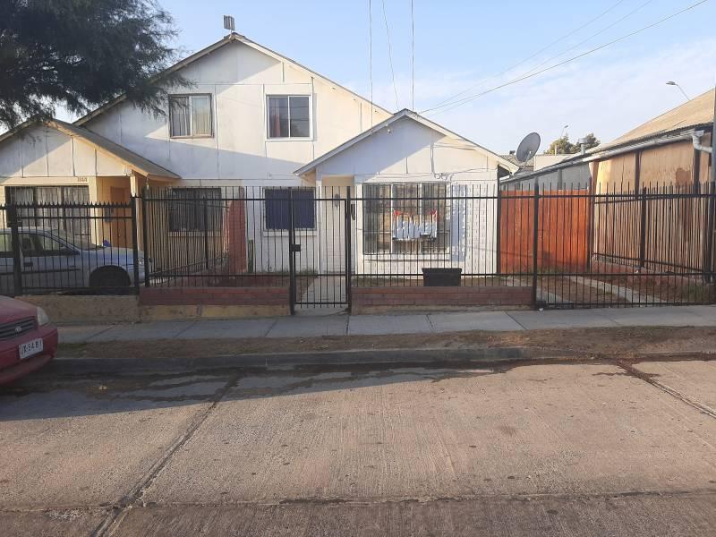 Casa 2 pisos, 3dor/1baño, const. 66 m2/142 m2, Sindempart