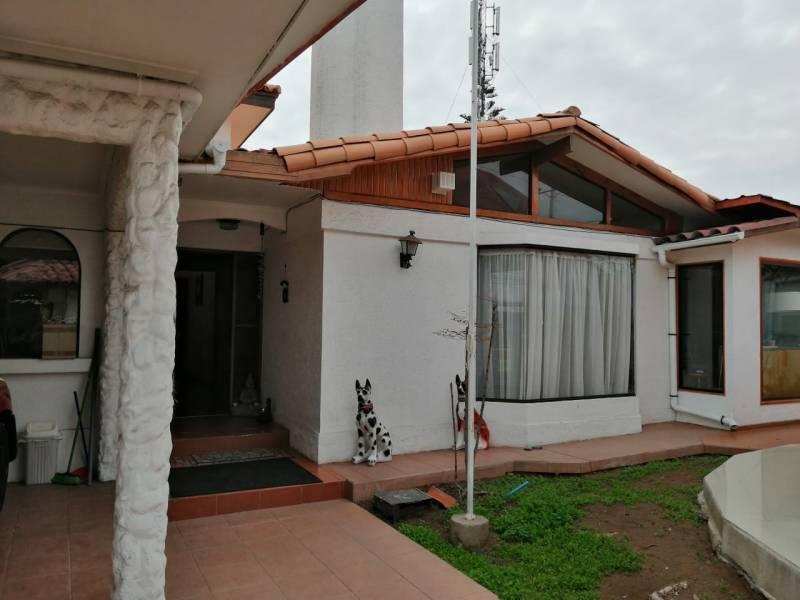 CASA 4 DOR/4 BAÑOS, 325 M2 CONST/536 M2 TERRENO,  LA SERENA