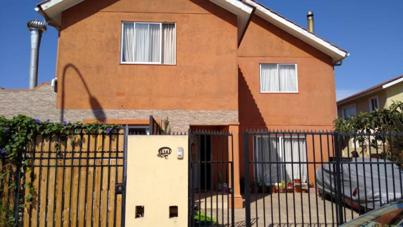 CASA DOS PISOS 6 DOR/4 BAÑOS, C. 260M2/ T.298M2, ULRICKSEN