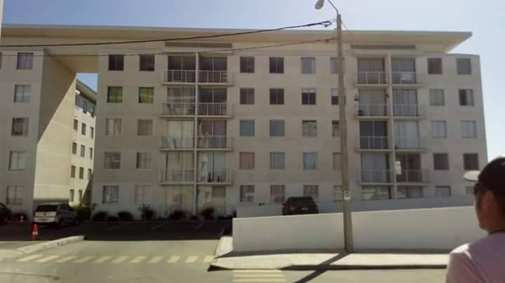 Depto.  3º piso con 3D/1 Baño, 50 m2, estacionamiento.