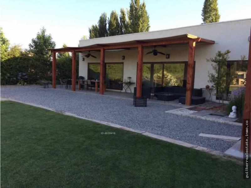 Hermosa casa mediterránea en Lo pinto, Chicureo / 5000m2