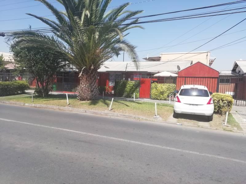 HERMOSA CASA CALLE COQUIMBO, PUENTE AL
