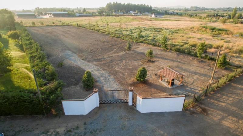 SITIO LINARES 5000M2 ARBOLES, PORTON, LUZ Y AGUA.