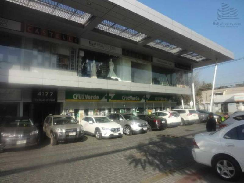 ARRIENDA COMERCIAL 62 M2 STRIP CENTER VITACURA UF 49