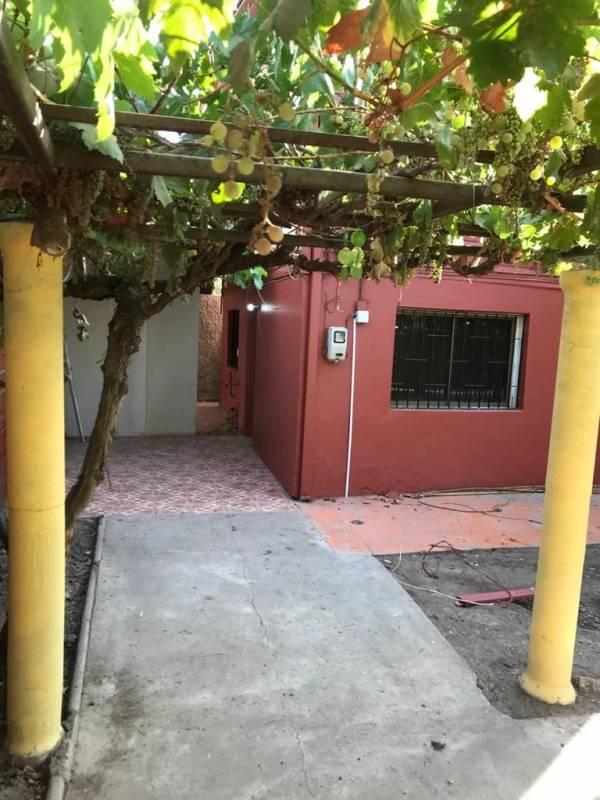 Se arrienda amplia casa en Macul