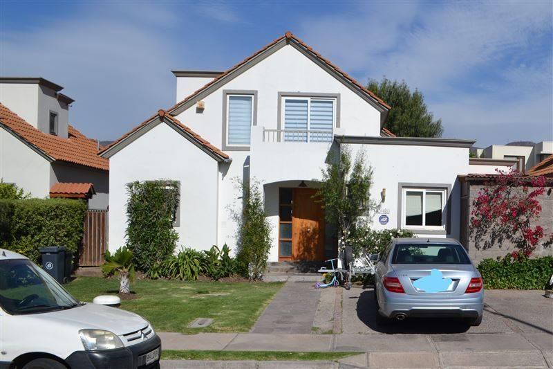 Arriendo Casa de 4D+4B en Chamisero  $ 850.000
