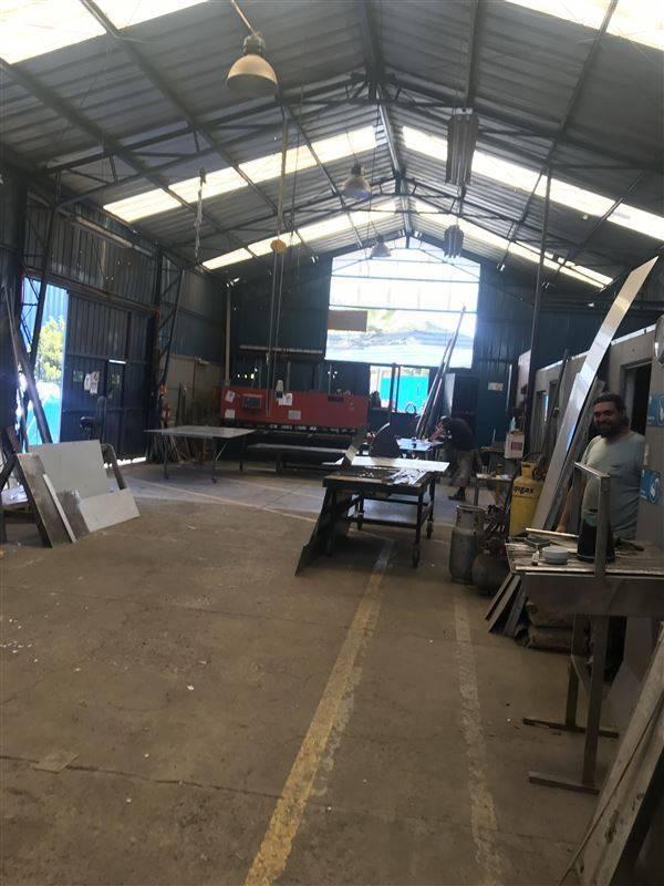 Se Arriendo Gapon en Centro industrial Santiago Sur La Pinta