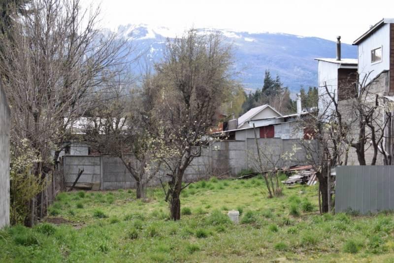 GRAN SITIO DE 750 M2 EN ZONA URBANA-RESIDENCIAL DE COYHAIQUE