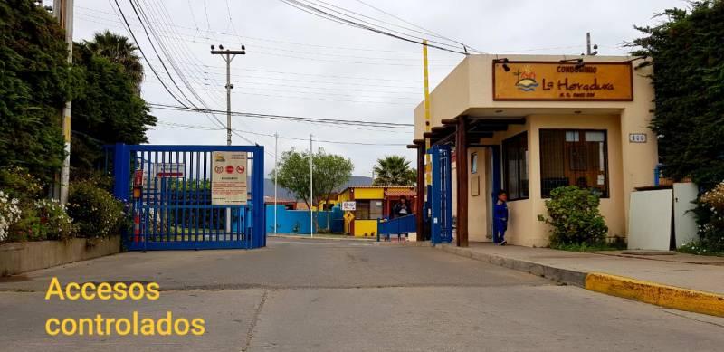 CONDOMINIO LA HERRADURA